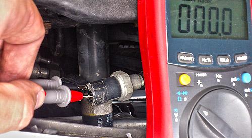 Audi A4 B5 Klimahochdruckschalter messen